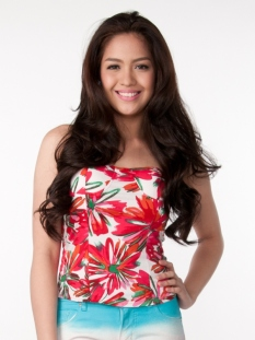 Jane Oineza as Josie